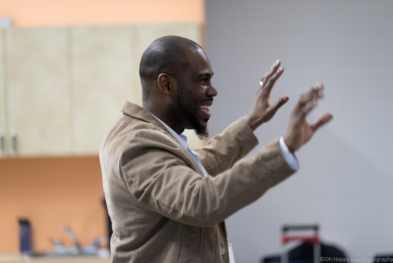 Darren Hamilton facilitating the 2017 PowerUp Small Vocal Ensemble workshop.